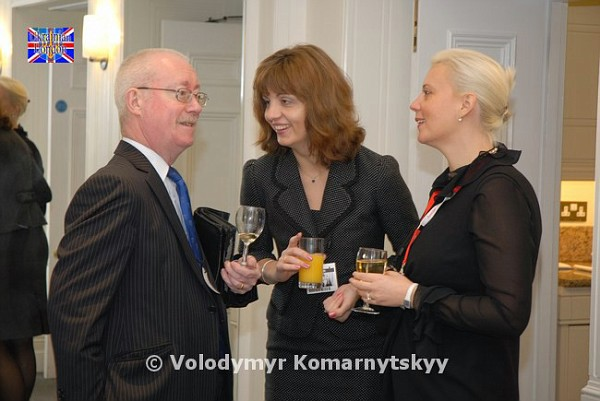 Mr Hew Dundas (Independent Arbitrator), Ms Irina Tymczyszyn (UBCC), Ms Anna Panshina (Austrian Airlines)